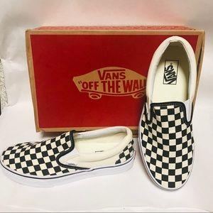 New Vans checkerboard skate sneakers slip on